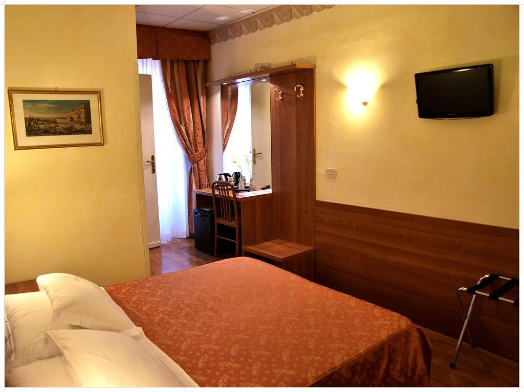 Hotel Julia camere