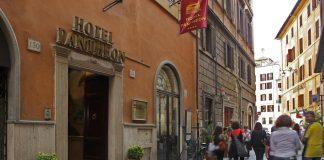 Hotel Pantheon esterno