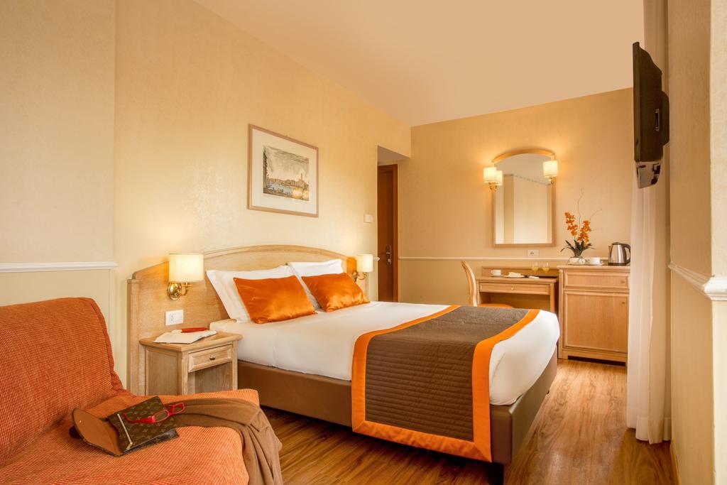 Hotel Santa Costanza camere
