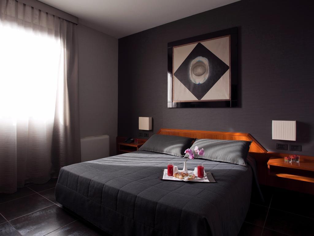 Hotel Zone camere